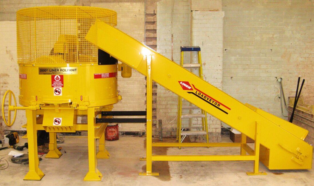 FE220 Roller Pan Mixer & Loadveyor image